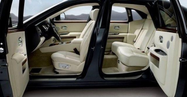 2011 Rolls-Royce Ghost 6.6 V12  第14張相片