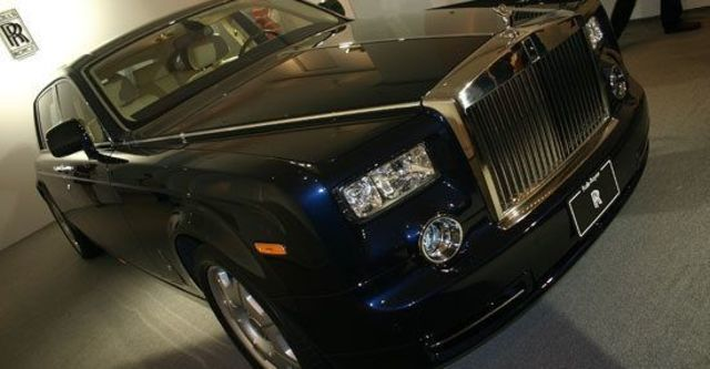 2011 Rolls-Royce Phantom 6.75 V12 EWB  第6張相片