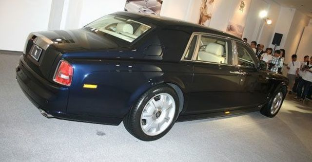 2011 Rolls-Royce Phantom 6.75 V12 EWB  第7張相片