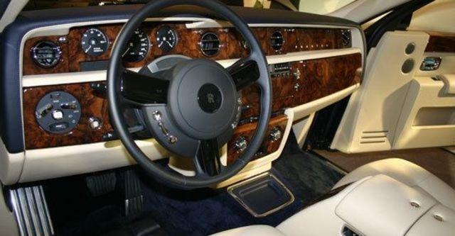 2011 Rolls-Royce Phantom 6.75 V12 EWB  第8張相片