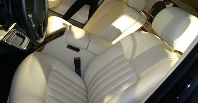 2011 Rolls-Royce Phantom 6.75 V12 EWB  第9張相片
