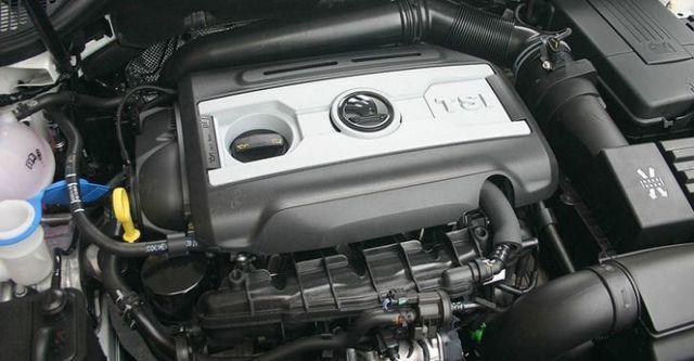 2014 Skoda Superb Sedan 1.8 TSI  第4張相片