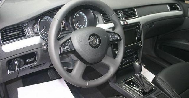 2014 Skoda Superb Sedan 1.8 TSI  第9張相片