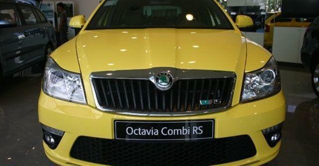 2013 Skoda Octavia Combi RS 2.0 TSI  第10張相片