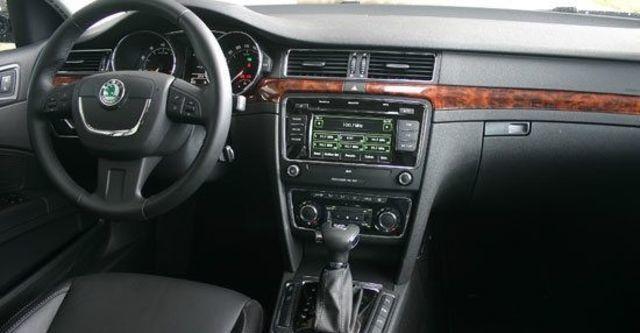2013 Skoda Superb Combi 3.6 V6 L&K  第9張相片