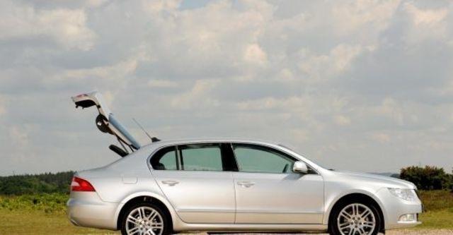2013 Skoda Superb Sedan 1.8 TSI  第6張相片