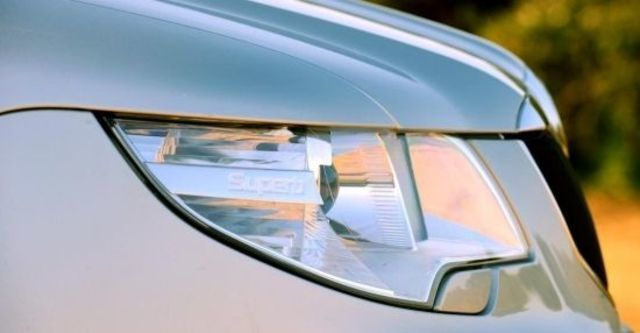 2013 Skoda Superb Sedan 1.8 TSI  第7張相片