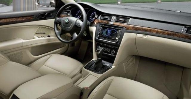 2013 Skoda Superb Sedan V6 FSI  第6張相片