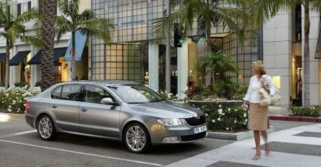 2012 Skoda Superb Sedan 1.8 TSI  第3張相片