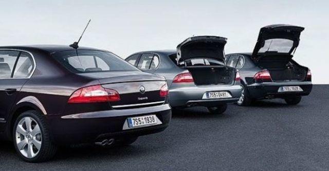 2012 Skoda Superb Sedan V6 FSI  第5張相片