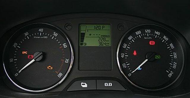 2011 Skoda Fabia 1.6  第7張相片