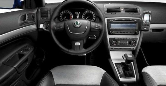 2011 Skoda Octavia Combi RS 2.0 TDI  第7張相片