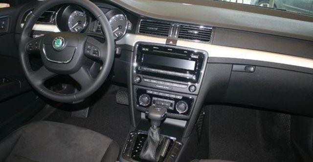 2011 Skoda Superb Combi 1.8 TSI  第6張相片