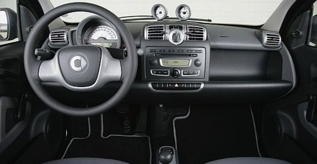 2010 Smart Fortwo mhd Passion  第6張相片