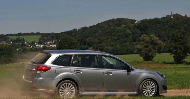 2014 Subaru Legacy Wagon 2.0i  第2張相片