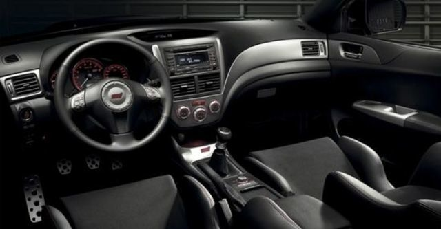 2013 Subaru Impreza 4D WRX STI  第7張相片