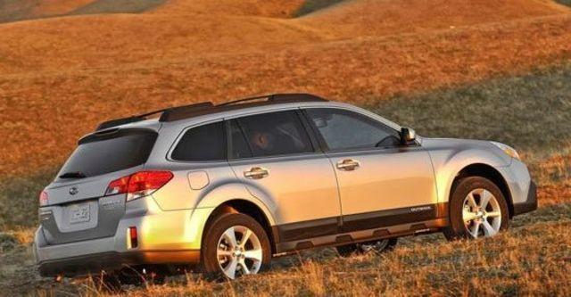 2013 Subaru Outback 2.5i  第9張相片