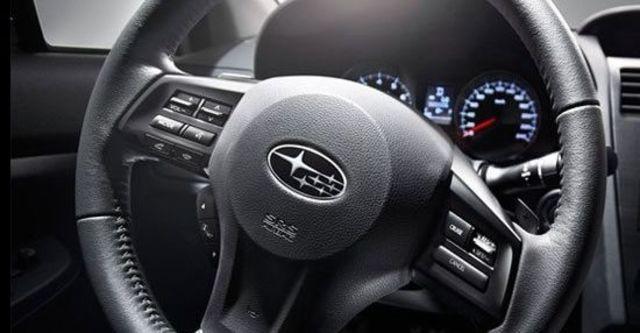 2013 Subaru XV 2.0 i-S  第8張相片