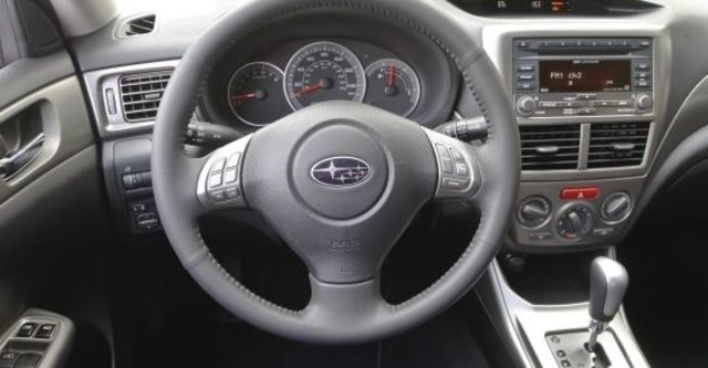 2011 Subaru Impreza 5D 2.0 RS  第7張相片