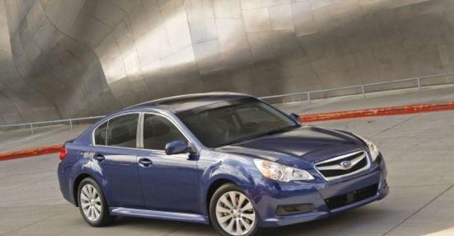 2011 Subaru Legacy Sedan 2.0i  第2張相片