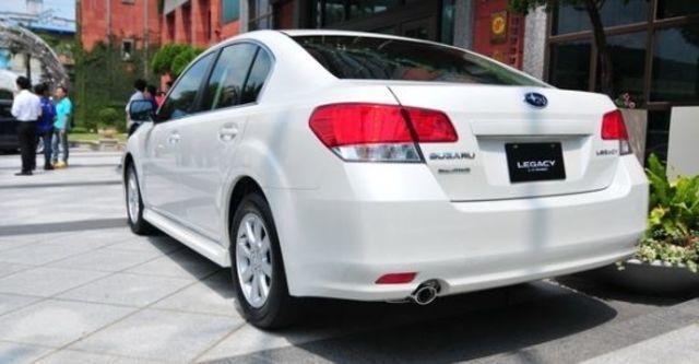 2011 Subaru Legacy Sedan 2.5i  第4張相片