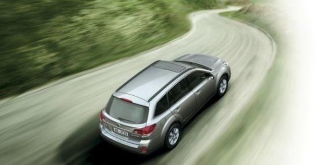 2011 Subaru Outback 3.6R  第3張相片