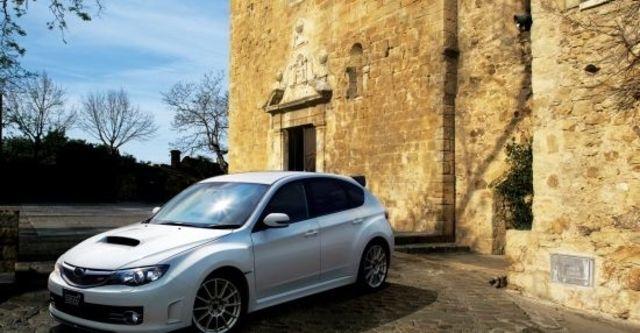 2010 Subaru Impreza WRX STI  第7張相片