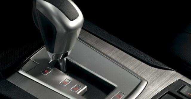 2010 Subaru Legacy Sedan 2.5GT  第8張相片