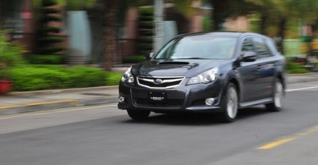 2010 Subaru Legacy Wagon 2.5GT  第5張相片