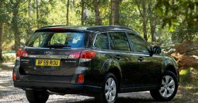 2010 Subaru Outback 2.5i  第3張相片