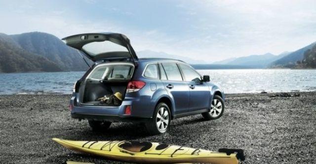2010 Subaru Outback 2.5i  第7張相片
