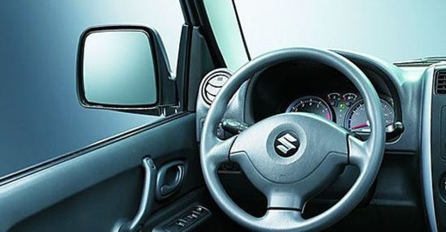 2013 Suzuki Jimny 1.3  第6張相片