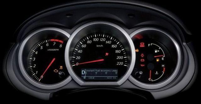 2011 Suzuki Grand Vitara JP 2.4  第14張相片