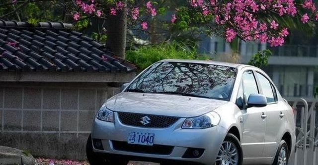 2010 Suzuki SX-4 Sedan GLX  第1張相片