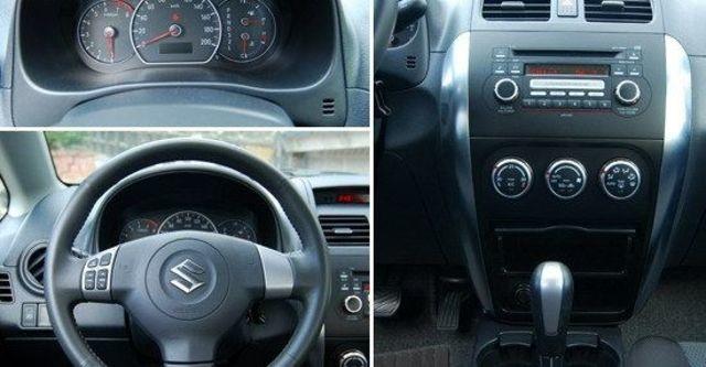 2010 Suzuki SX-4 Sedan GLX  第6張相片