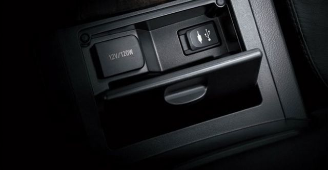 2015 Toyota Camry(NEW) 2.0尊爵  第9張相片