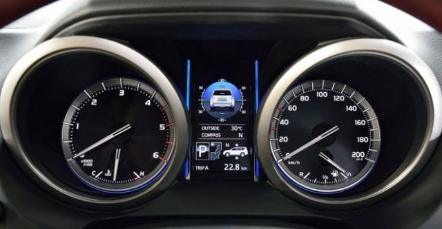 2015 Toyota Land Cruiser Prado 4.0 VX  第7張相片