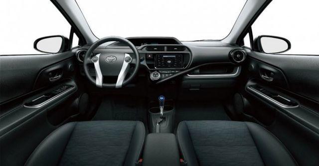 2015 Toyota Prius c 1.5  第7張相片