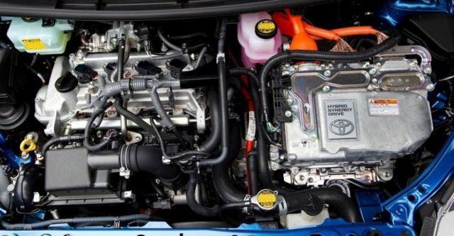 2015 Toyota Prius c 1.5  第9張相片