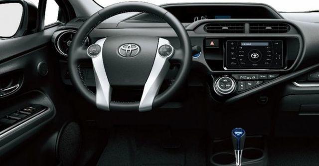 2015 Toyota Prius c 1.5  第10張相片
