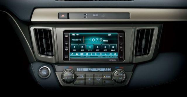 2015 Toyota RAV4 2.0 E Hi  第7張相片