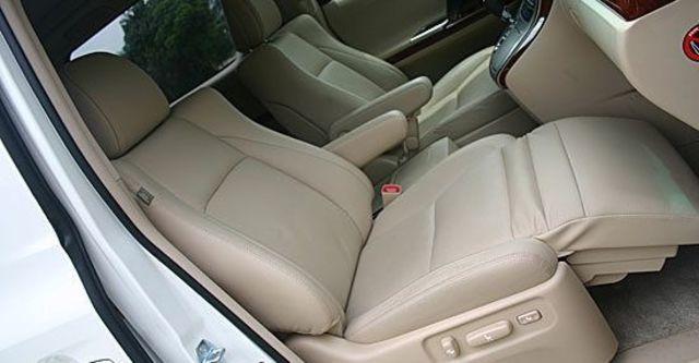 2013 Toyota Alphard 2.4  第6張相片