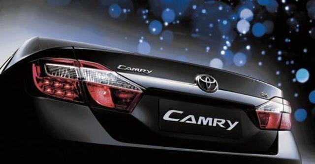 2013 Toyota Camry 2.0 E  第6張相片