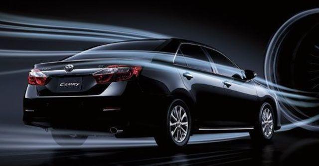 2013 Toyota Camry 2.0 E  第11張相片