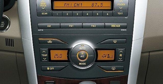2013 Toyota Corolla Altis 1.8 E經典版  第5張相片