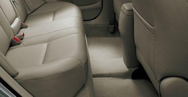 2013 Toyota Corolla Altis 1.8 E經典版  第10張相片
