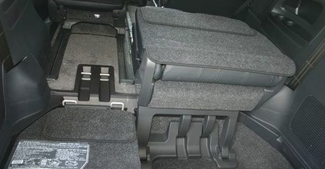 2013 Toyota Previa 2.4豪華版  第12張相片