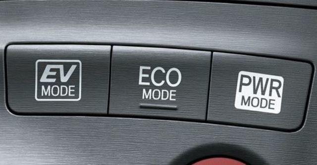 2013 Toyota Prius 1.8 E-Grade  第12張相片
