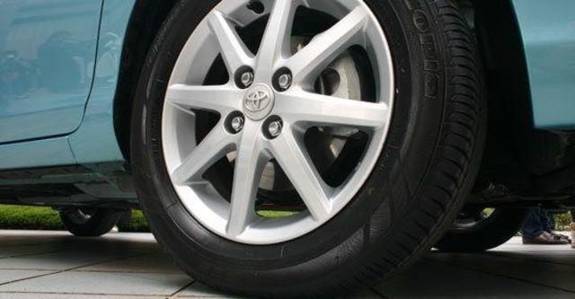 2013 Toyota Prius c 1.5  第12張相片