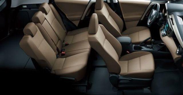2013 Toyota RAV4 2.0 E  第6張相片